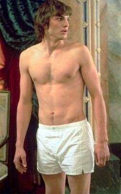 ashton-kutcher-underwear