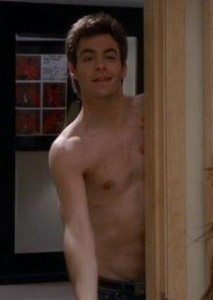 chris_pine_shirtless-2