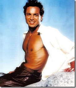 Benjamin_Bratt_shirtless_04