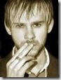 Dominic_Monaghan_headshot_01