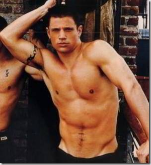 Nick_Lachey_shirtless_04