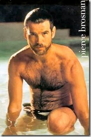 Pierce_Brosnan_shirtless_04