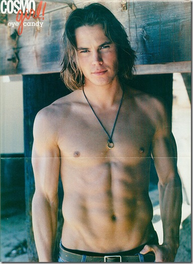 Taylor_Kitsch_shirtless_1