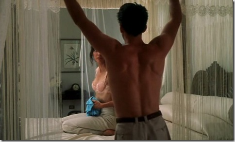 William_Baldwin_shirtless_01