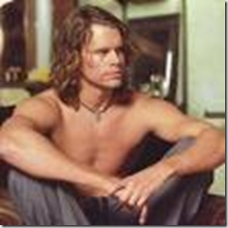 Eric_Christian_Olsen_shirtless_01