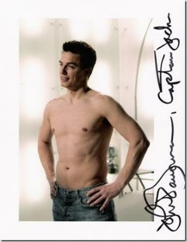 John_Barrowman_shirtless_03