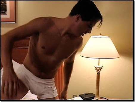 John_Barrowman_shirtless_04