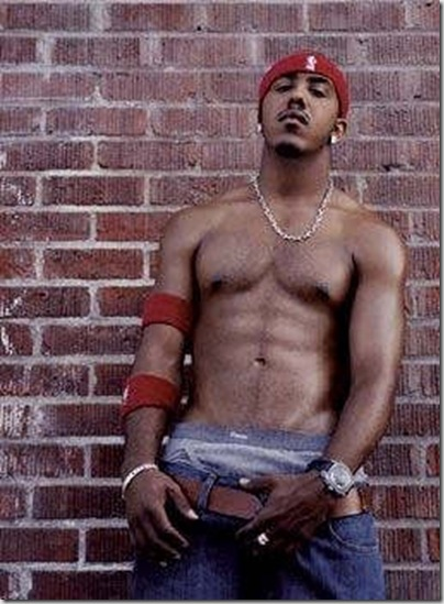 Marques_Houston_shirtless_03