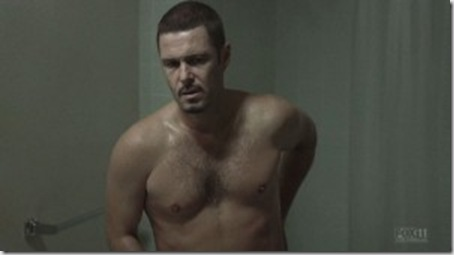 Carlos_Bernard_shirtless_01