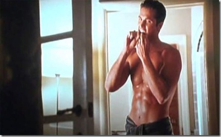 Eric_Winter_shirtless_05