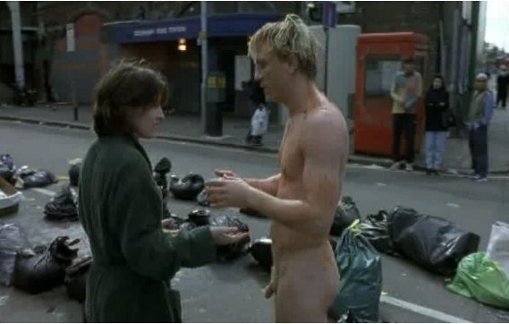 Here is a great older picture of naked Daniel Craig in the film Some Voices ...