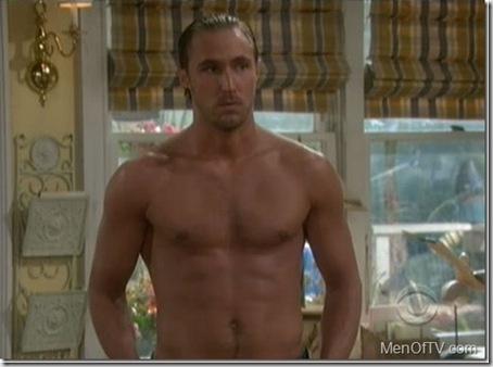 Kyle_Lowder_shirtless_07