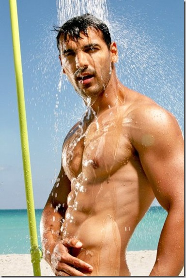 John_Abraham_shirtless_07