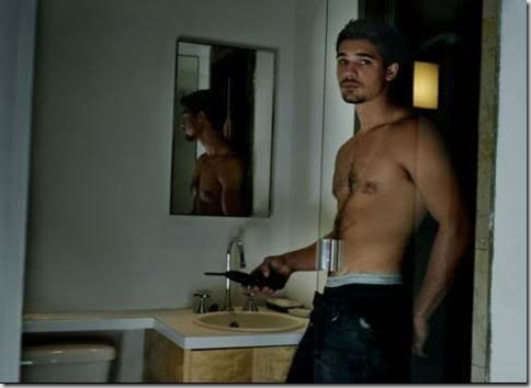 Steven_Strait_shirtless_11