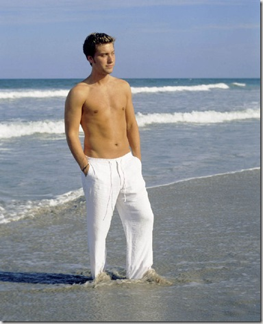 Lance_Bass_shirtless_04