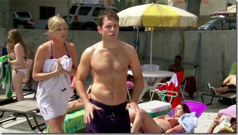 Glenn_Howerton_shirtless_07