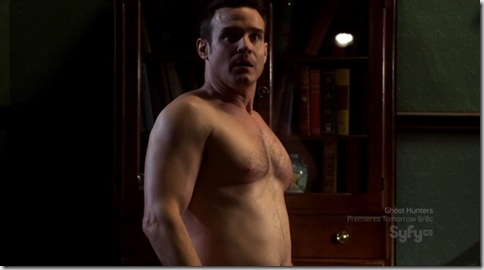 Eddie_McClintock_shirtless_04
