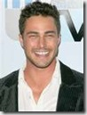 Taylor_Kinney_headshot_02