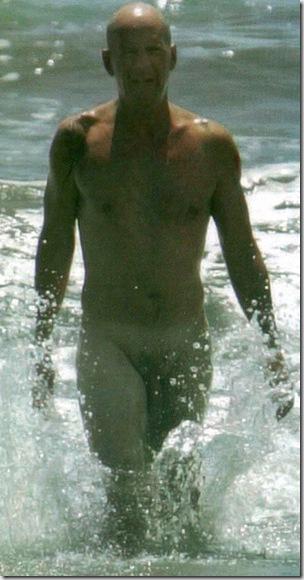 bruce-willis-nude-2