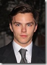 Nicholas_Hoult_headshot_01