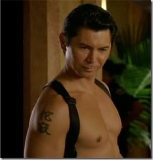 Lou_Diamond_Phillips_shirtless_03