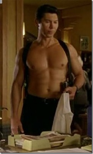 Lou_Diamond_Phillips_shirtless_07