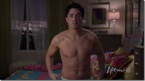 Ben_Feldman_shirtless_01