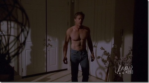 Roark_Critchlow_shirtless_09