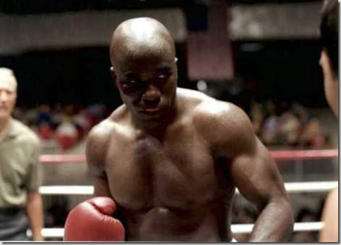 Mike_Colter_shirtless_01