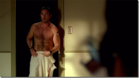 Sullivan_Stapleton_shirtless_22