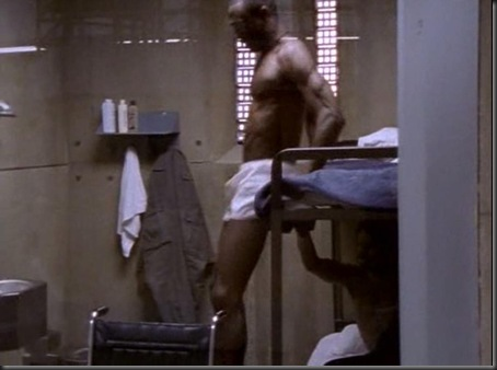 Lance_Reddick_shirtless_03