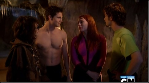 Robbie_Amell_shirtless_23