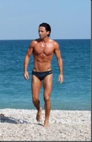 Jake_Canuso_shirtless_01