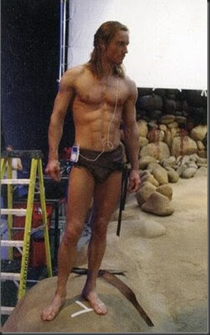 Michael_Fassbender_shirtless_10