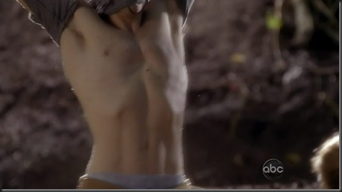 Zach_Gilford_shirtless_10