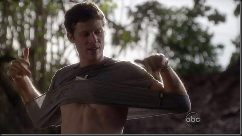 Zach_Gilford_shirtless_12