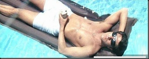 Dustin_Hoffman_shirtless_06