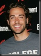 Zachary_Levi_headshot_02