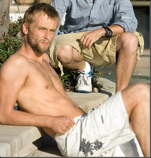 Joe_Anderson_shirtless_04