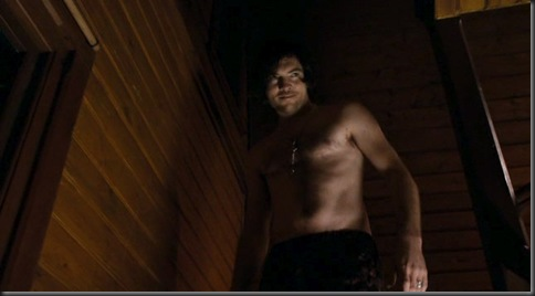 Sam_Worthington_shirtless_02