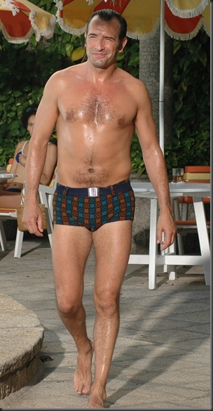 Jean_Dujardin_shirtless_02