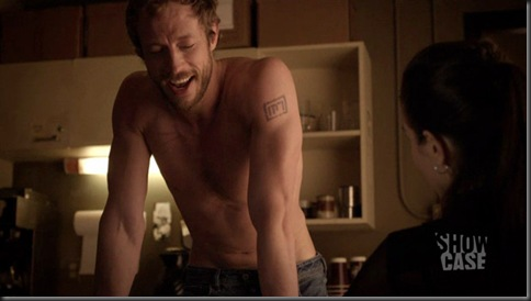 Kris_Holden_Ried_shirtless_02