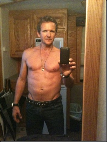 Sebastian_Roche_shirtless_06