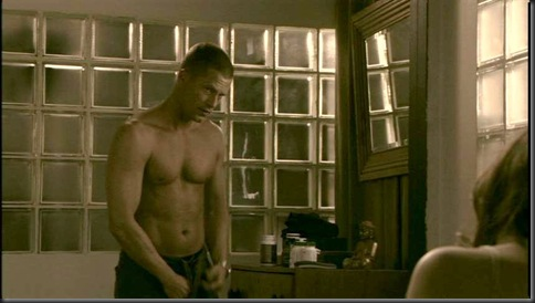 Til_Schweiger_shirtless_01