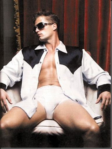 Til_Schweiger_shirtless_05