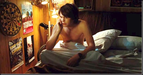 Johnny_Simmons_shirtless_06