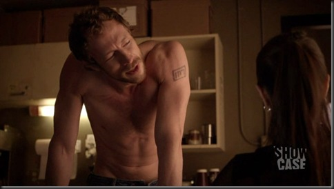 Kris_Holden_Ried_shirtless_03
