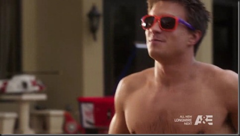 Rob_Mayes_shirtless_12