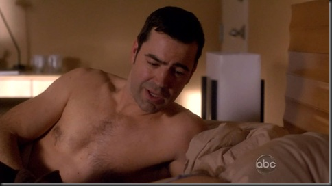 Ron_Livingston_shirtless_06