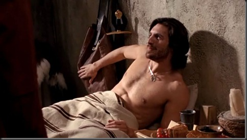 Eoin_Macken_shirtless_07